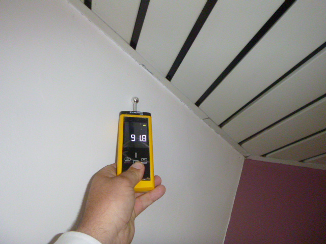 detecteur d humidit dans les murs finest dtecteur duhumidit et commande de ventilateur with. Black Bedroom Furniture Sets. Home Design Ideas
